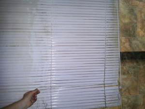 When you need your metal venetian blinds cleaned, give Sonic Blind Cleaning a call and let us demonstrate our professional service.